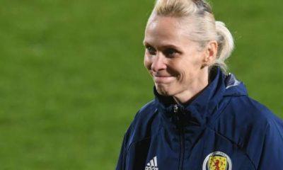 Shelley Kerr: Inglaterra nombra al ex seleccionador de Escocia como líder técnico