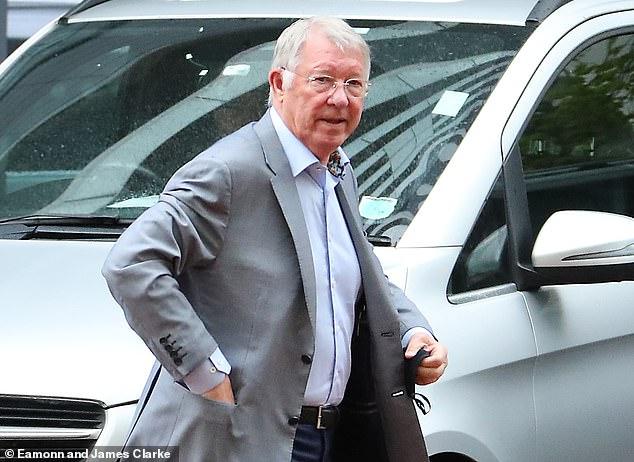 Sir Alex Ferguson visitó el Lowry Hotel y habló hoy con el técnico del PSG, Mauricio Pochettino