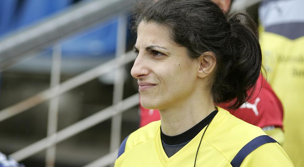 Riem Hussein pitará el Barça-Chelsea de la final de la Champions League femenina