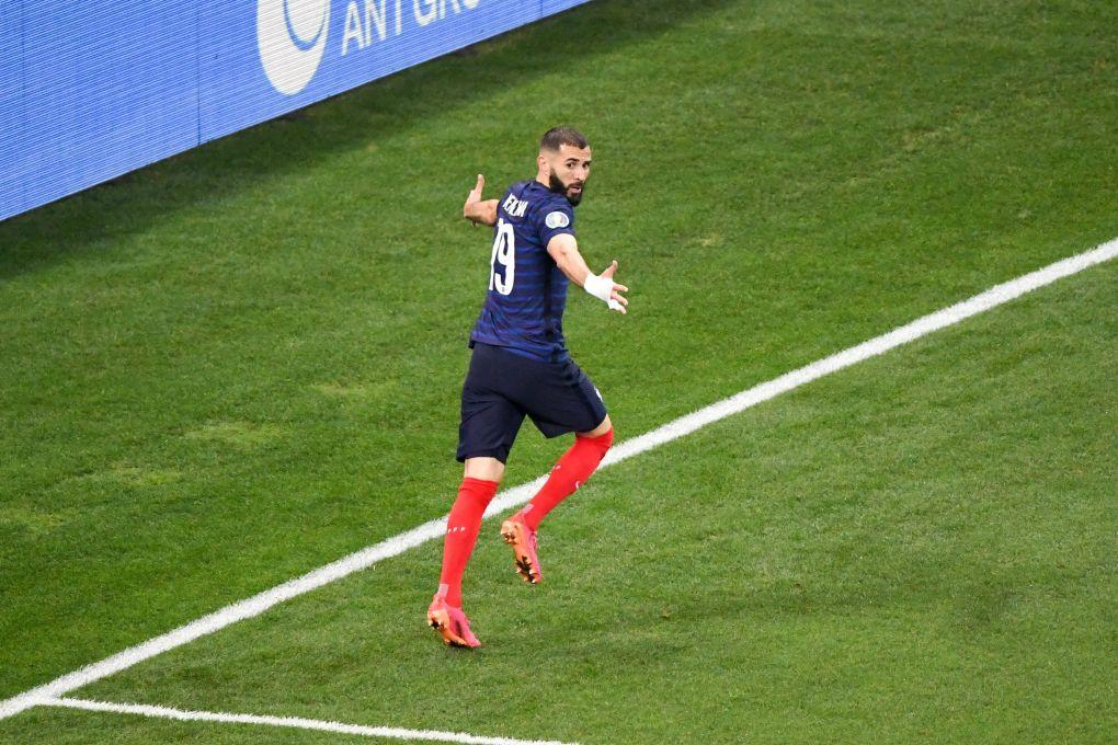 RELOJ: La estrella del Real Madrid, Karim Benzema, logra un doblete crucial en la prórroga de Suiza ante Francia