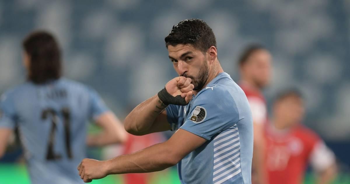 Suárez puso fin a la lentitud de Uruguay, Argentina al inicio de los cuartos de final