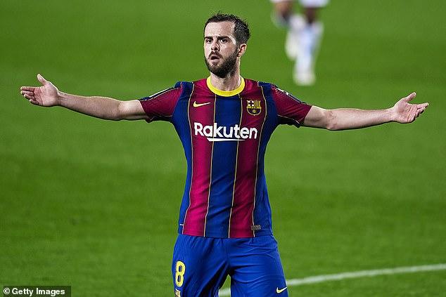 Según los informes, la Juventus está sopesando un movimiento para el paria de £ 60 millones de Barcelona, Miralem Pjanic