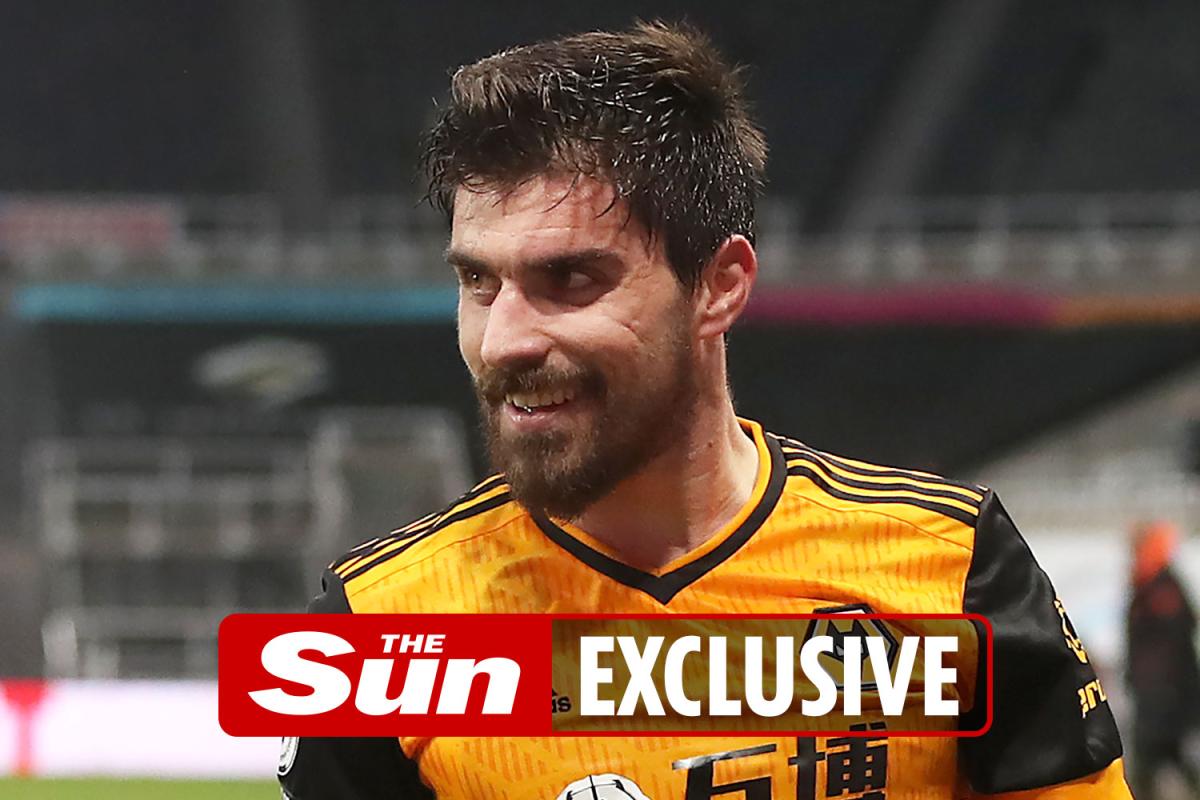 Los lobos escucharán las ofertas por £ 35 millones, el objetivo de transferencia del Arsenal, Ruben Neves Y Joao Moutinho, este verano.