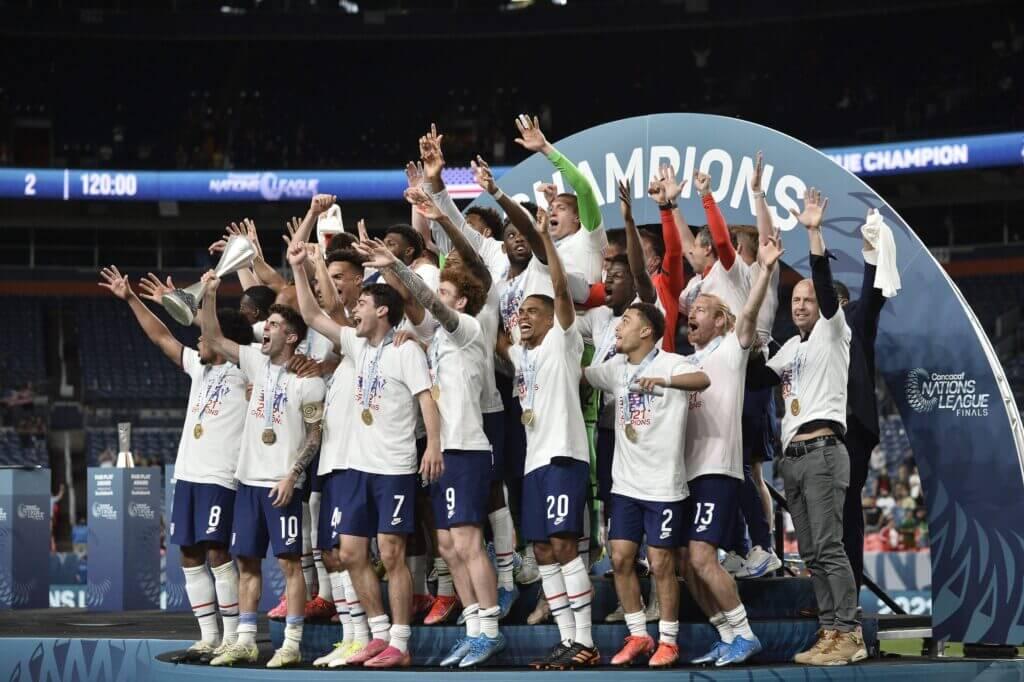 USMNT vence a México en caótica final de la Nations League - The Athletic