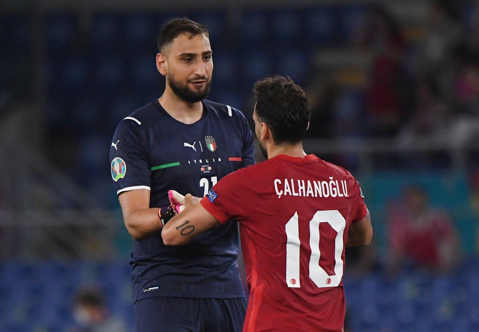 Calhanoglu listo para una impresionante jugada del Inter