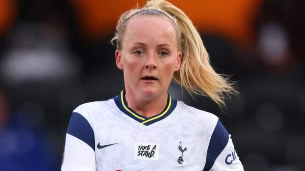 Chloe Peplow: Reading ficha al excentrocampista del Tottenham