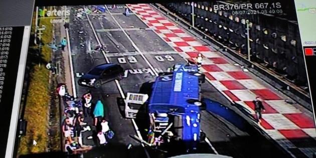 Bus de Umuarama Futsal cae en una carretera en Paraná;  accidente deja dos muertos