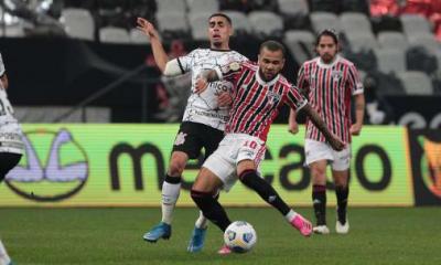 Branda explica la alineación de Daniel Alves en el mediocampo del São Paulo: 'Ser ofensivo'