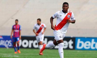 Deportivo Municipal comunicó que Jhonnier Montaño Jr. jugará en Huesca de España