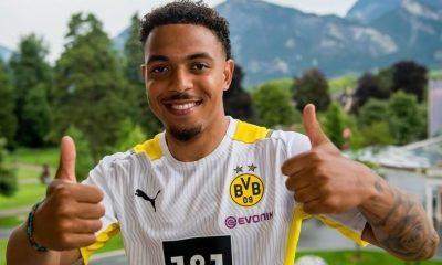 Donyell Malen se une al Borussia Dortmund