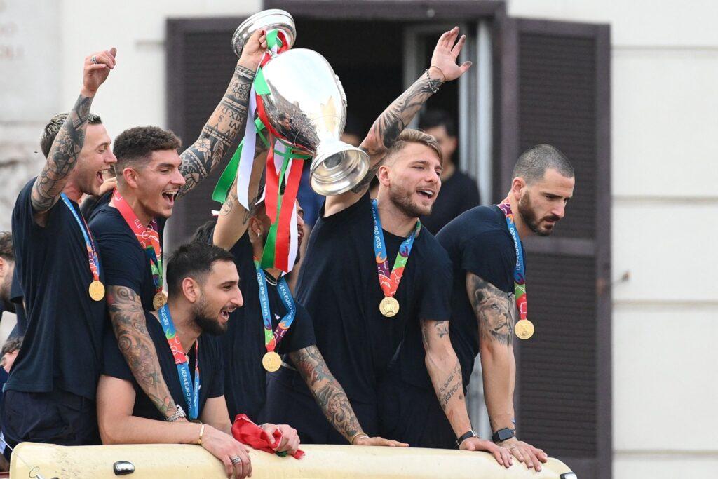 Italia celebra la Eurocopa en las calles de Roma