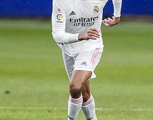 El Manchester United se acerca a fichar al defensa del Real Madrid Raphael Varane