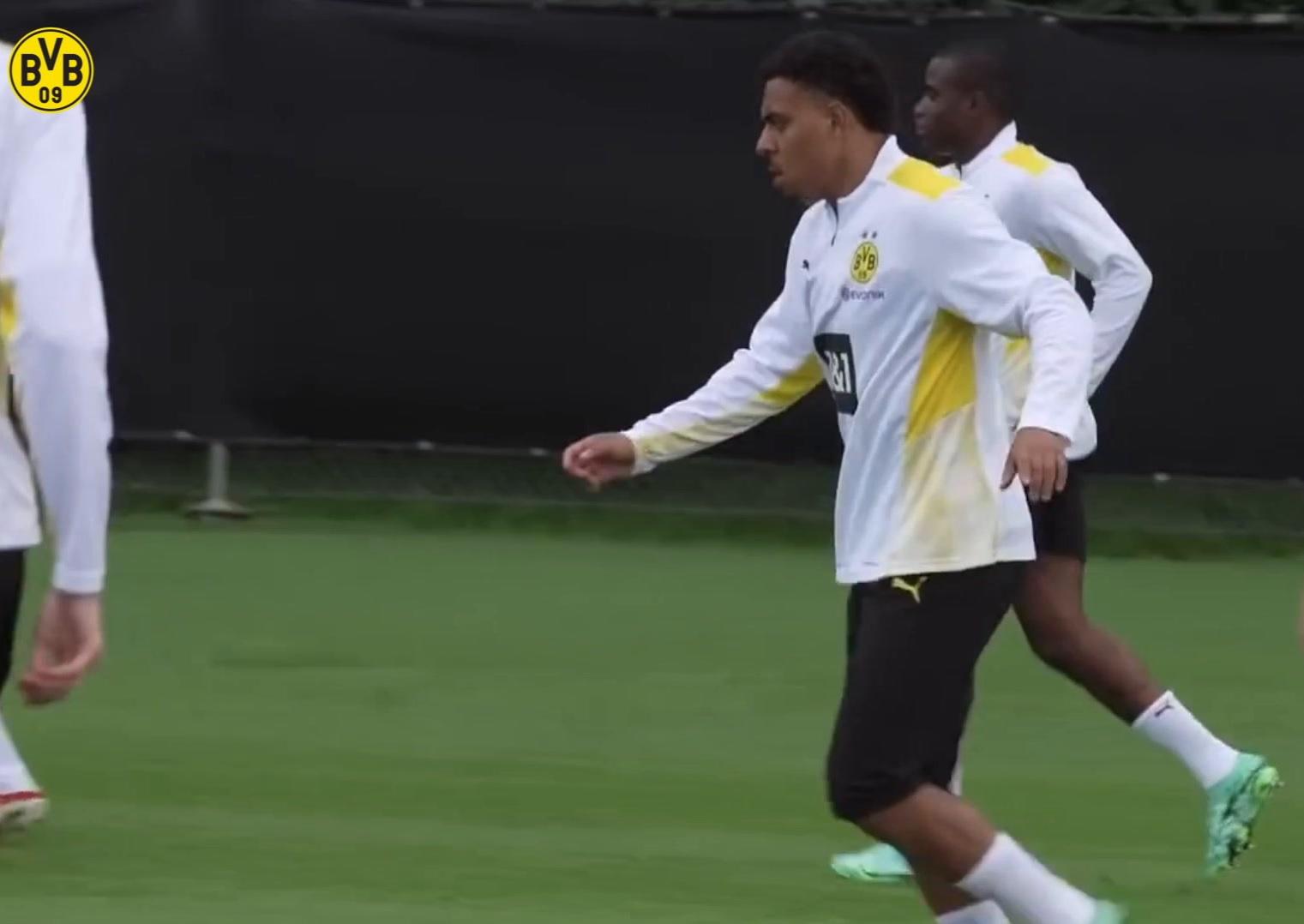 El nuevo Dortmund ficha a Donyell Malen en el entrenamiento