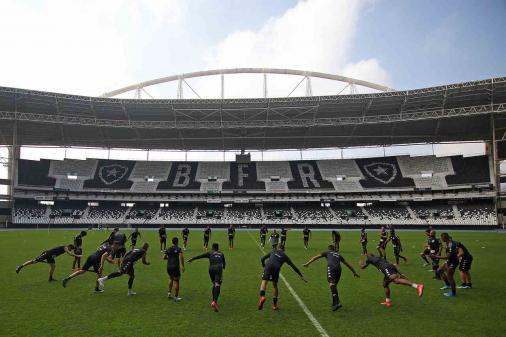 Equipo ideal, defensa y sumisiones: mira los retos a los que se enfrentará el futuro entrenador del Botafogo