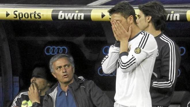 Florentino Pérez revela que José Mourinho le contó a Mesut Ozil sobre la historia de su novia en Milán