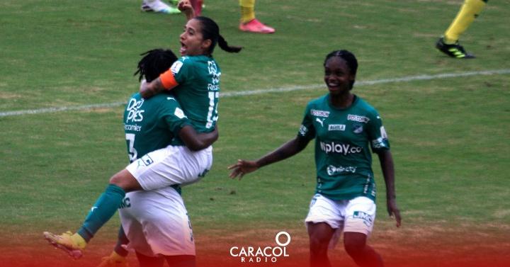 """Futbol Femenino: Carolina Arias: """"Hay que poner el ejemplo y respetar la profesión de ellas""""   Actualidad"""
