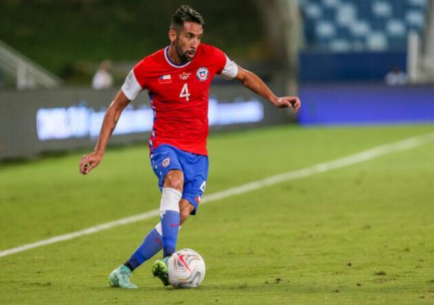 Isla fue incluido en equipo ideal de Copa América