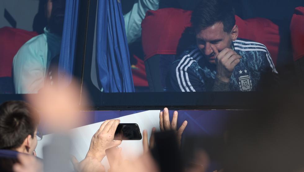 Lionel Messi se va de vacaciones por tres semanas con el futuro del Barcelona claro como el barro