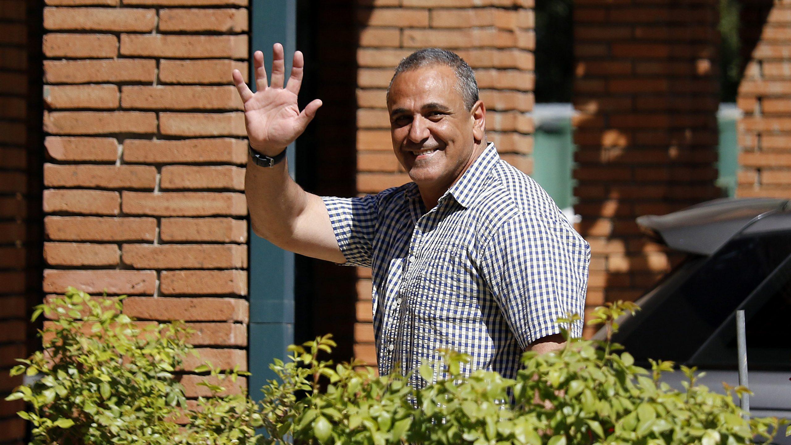 Milad se disculpó con Aubert por penal sancionado a la 'U'