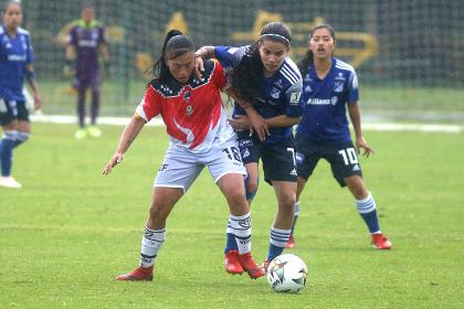 Millonarios vs Fortaleza: gol tiro libre indirecto por retención del balón en Liga Femenina 2021 | Futbol Colombiano | Fútbol Femenino
