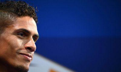 El Manchester United se acerca más en su búsqueda del Real Madrid Raphael Varane