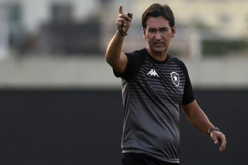 Ricardo Resende lamenta la derrota de Botafogo y dice: 'Tuvimos la oportunidad de irnos de aquí con la victoria'