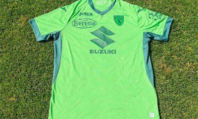 Torino, de Italia, lanza camiseta verde en honor al Chapecoense