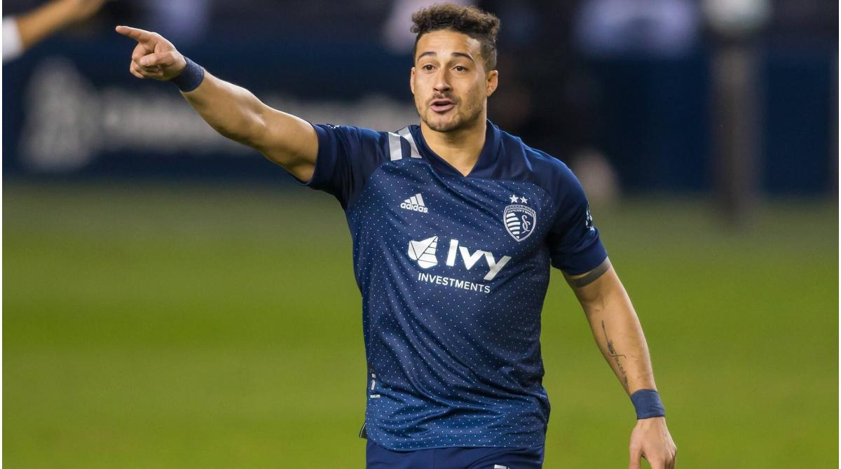 Erik Hurtado se une a Columbus Crew - Jugador llega de Montreal a cambio de GAM