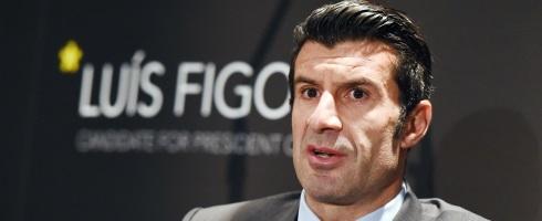 Figo elige representar al Real Madrid sobre el Barcelona