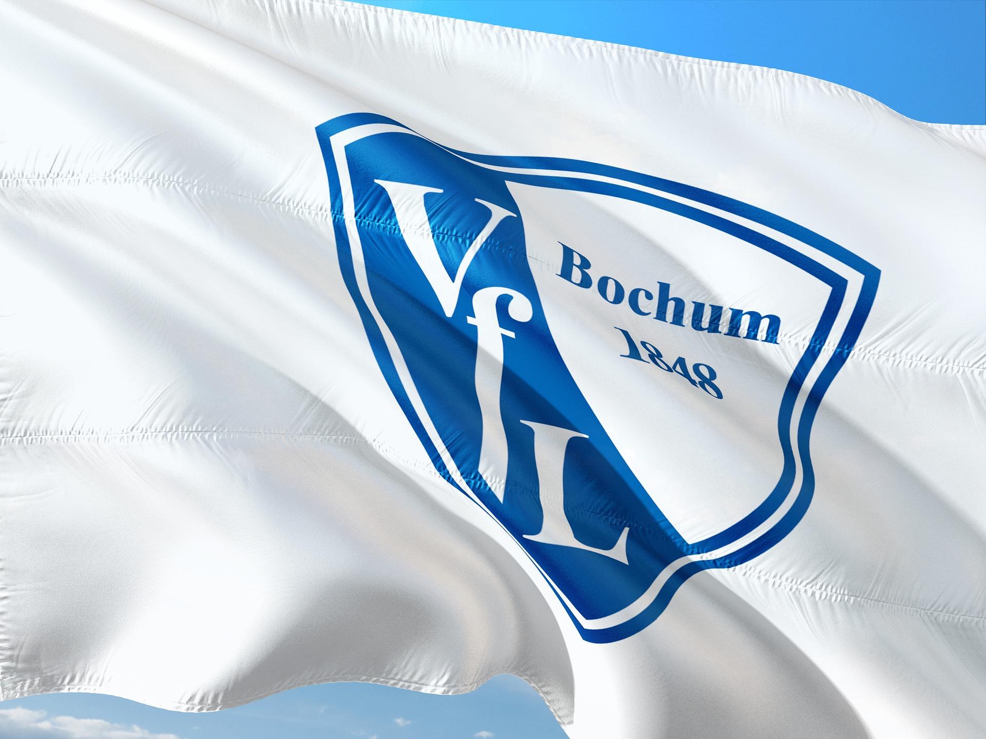Bochum se prepara para traer de vuelta al polémico delantero Polter a la Bundesliga