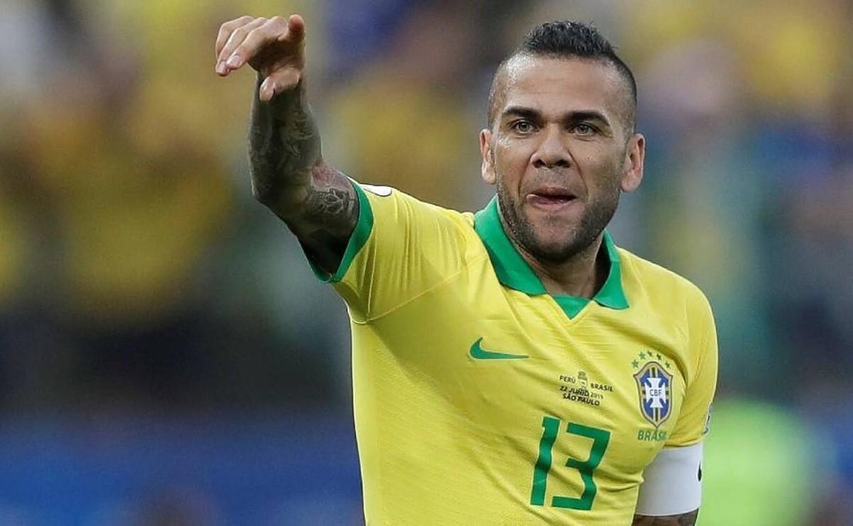 Dani Alves revela las ventajas de Brasil para la final ante España