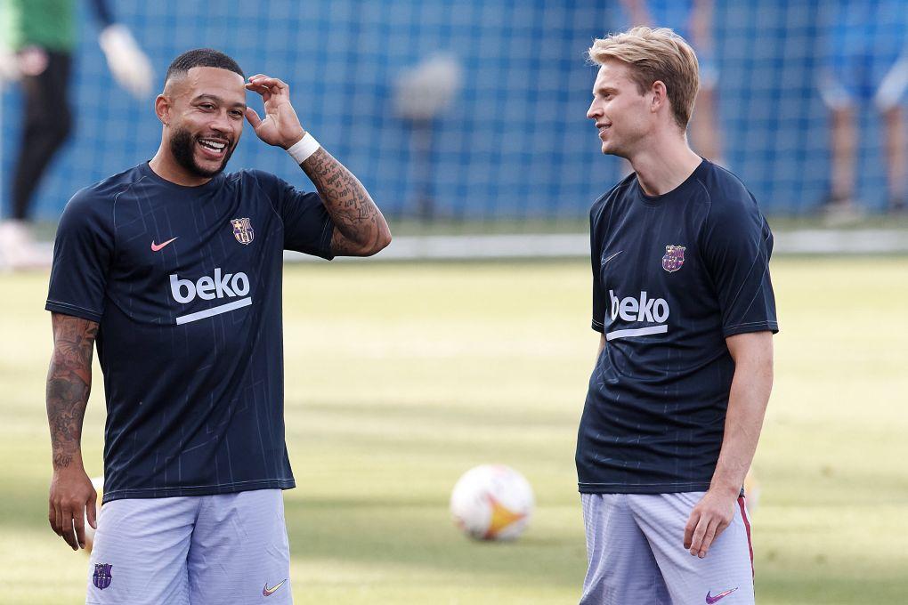 De Jong impresionado con el nuevo fichaje del Barcelona Memphis