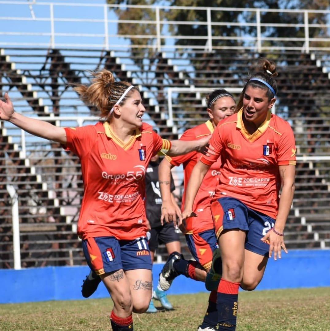 Deportivo Español remontó el partido de la mano de Laura Romero y ganó su primer partido en el Clausura