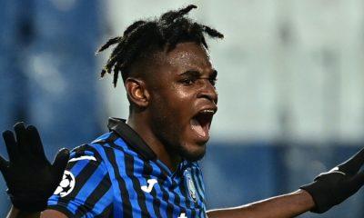 Duván Zapata llegaría al Inter si su delantero estrella se va al Chelsea, según prensa italiana