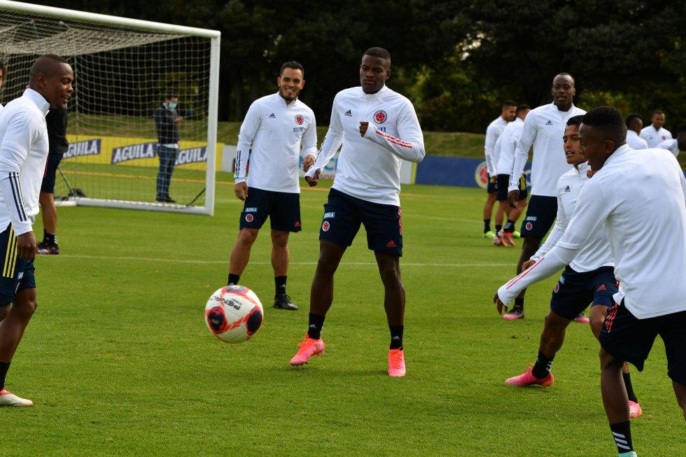 Primera sesión del morfociclo de la Selección Colombia