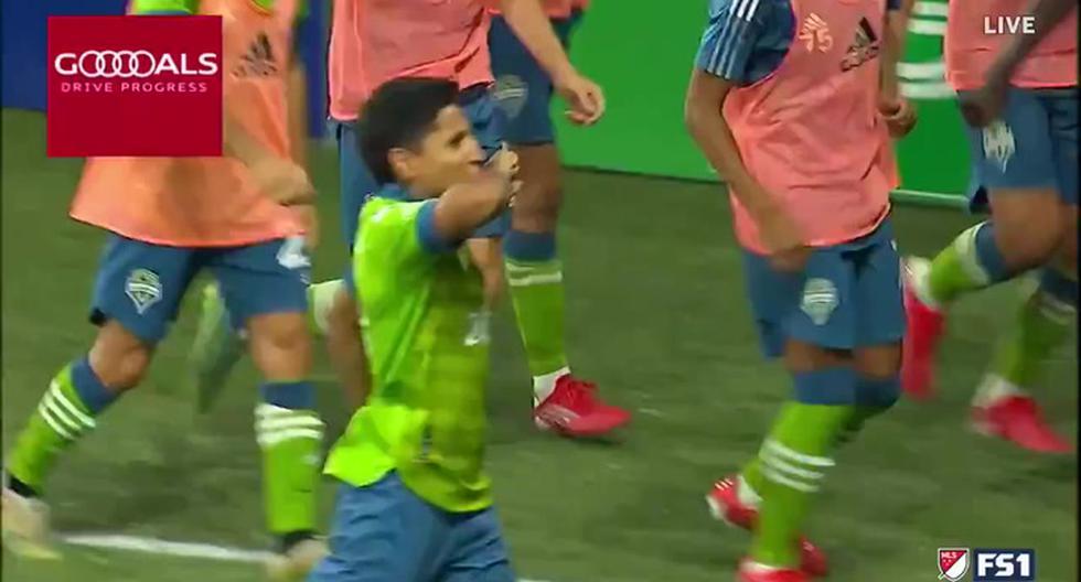 Gol Raúl Ruidíaz Seattle Sounders vs. Portland Timbers: la brillante definición de tiro libre de la 'Pulga' para el 3-2 en la MLS   VIDEO   NCZD   FUTBOL-PERUANO