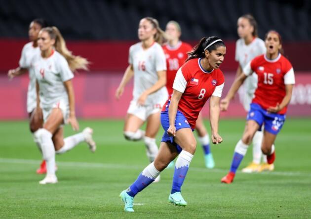 » Karen Araya se unió a la selecta lista de goles memorables de la 'Roja'