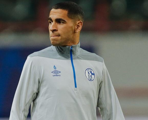 Omar Mascarell abandona el Schalke 04