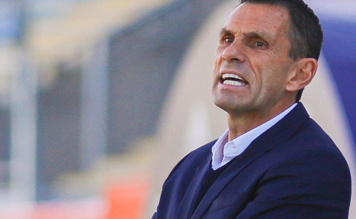 """Poyet tras perder el clásico con la U: """"El club debe tomar decisiones"""""""