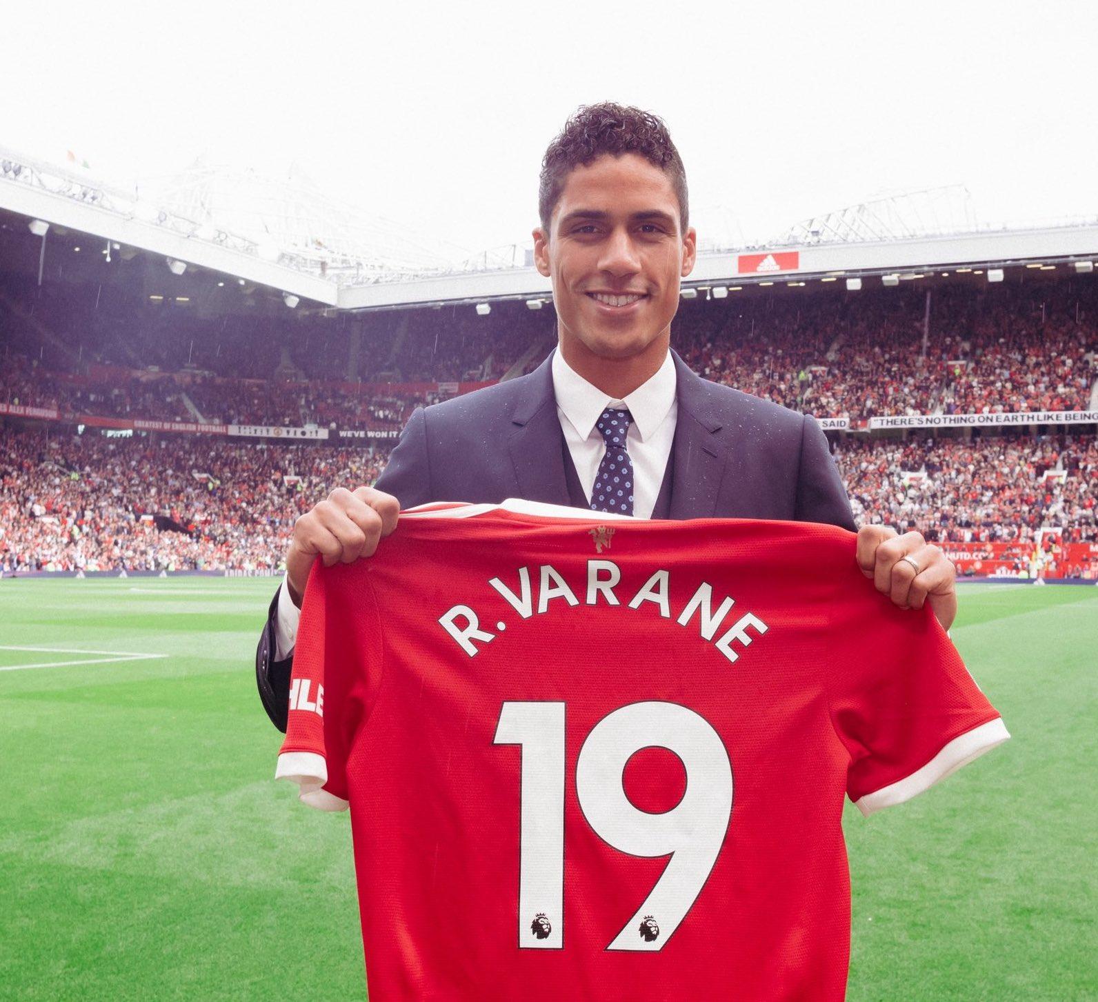 """Raphael Varane: """"La oportunidad de venir aquí y jugar en la Premier League es algo que no podía rechazar"""""""