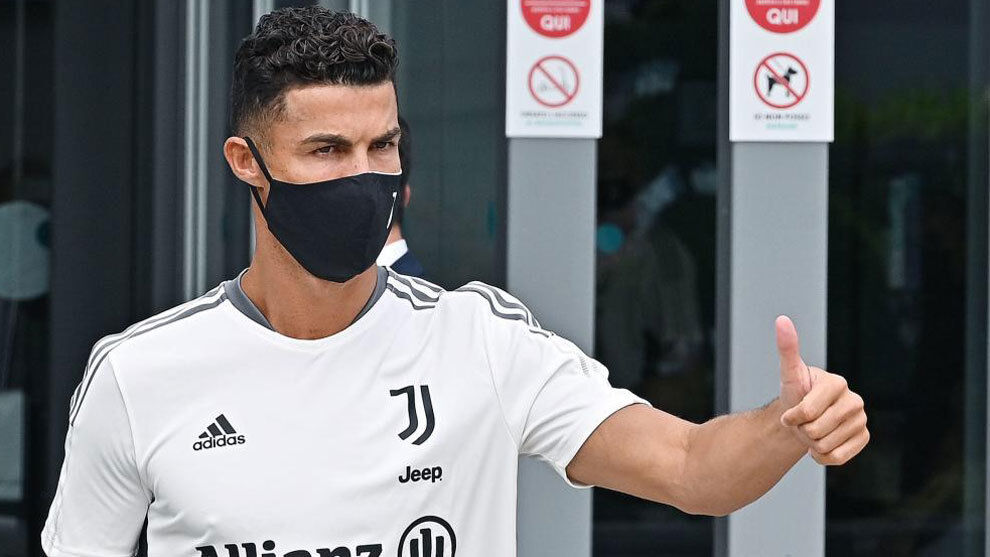 Serie A: Cristiano Ronaldo on the bench for Udinese vs Juventus, triggering more transfer speculation