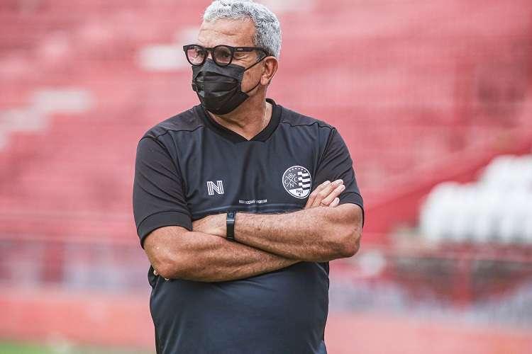 Tras perder ante Cruzeiro, Hlio dos Anjos dimite de Nutico