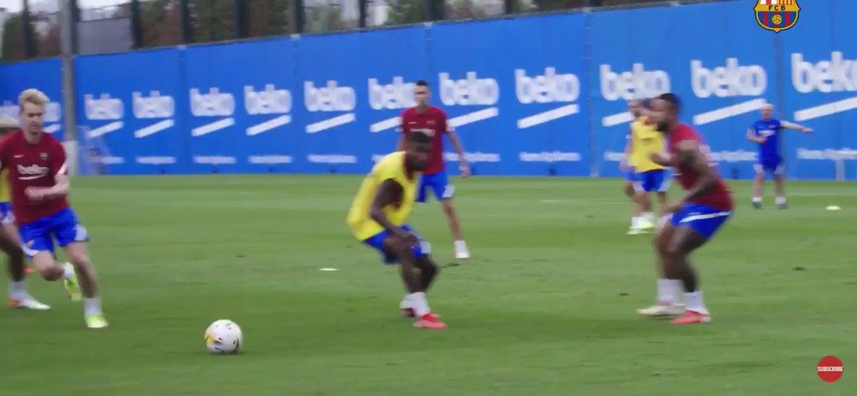 Ver: Frenkie de Jong deliciosamente nuez moscada Ronald Araujo durante la sesión de entrenamiento de Barcelona