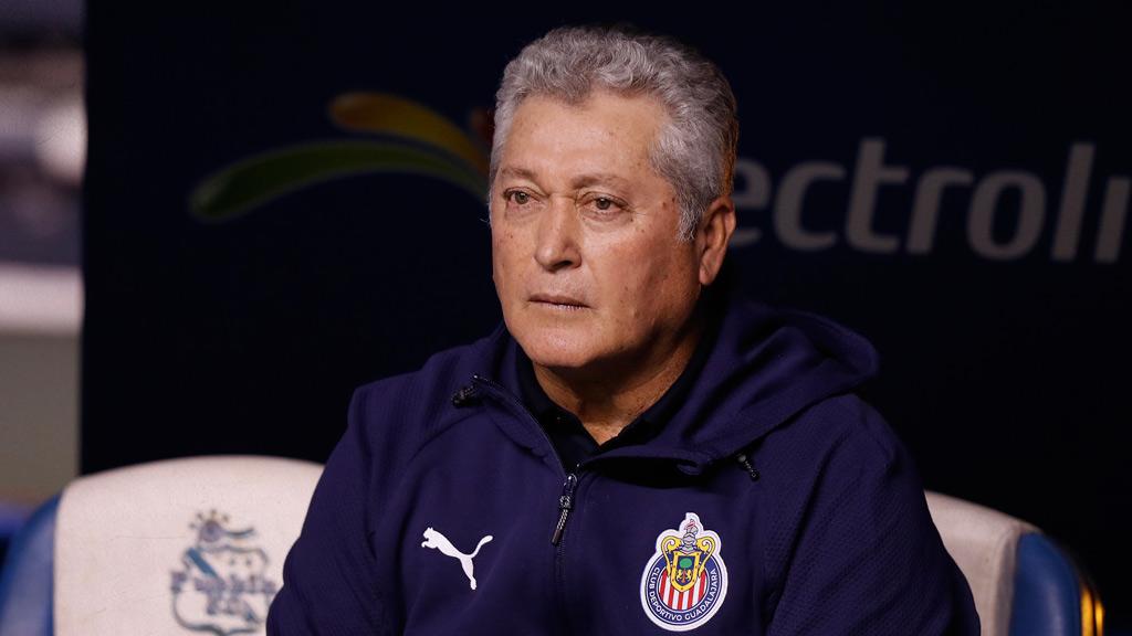 Víctor Manuel Vucetich, el contrato, salario y cláusula de salida con Chivas