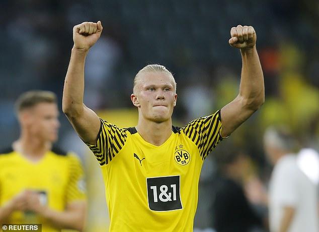 Erling Haaland anotó dos goles y preparó tres más cuando el Dortmund venció al Frankfurt 5-2