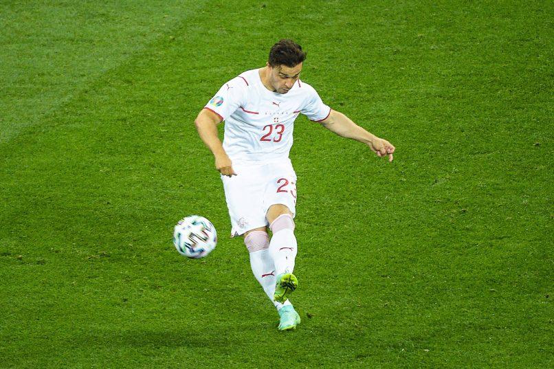 Xherdan Shaqiri acuerda condiciones personales con Lyon
