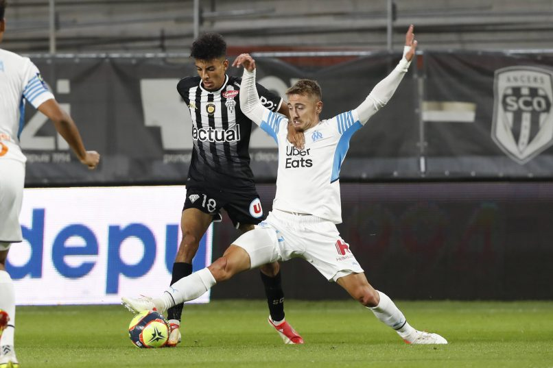 Angers-Marsella acaba en enfrentamientos entre aficionados