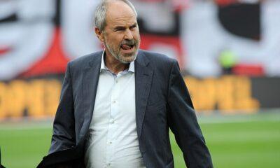 Wolfgang Holzhauser (arriba) quiere presentar un play-off por el título de la Bundesliga porque teme que los fanáticos se aburran del dominio del Bayern de Múnich.
