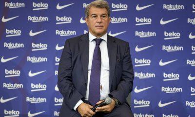 Laporta mantiene reunión con los miembros del consejo del Barça hasta las 2 de la madrugada después del Bayern