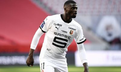 Oficial |  Mbaye Niang cambia Rennes por Burdeos